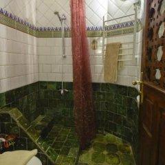 Отель Kasbah Dar Daif Марокко, Уарзазат - отзывы, цены и фото номеров - забронировать отель Kasbah Dar Daif онлайн ванная