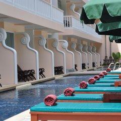 Отель Baan Karonburi Resort бассейн