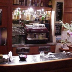 Отель Porta Faenza Hotel Италия, Флоренция - 2 отзыва об отеле, цены и фото номеров - забронировать отель Porta Faenza Hotel онлайн гостиничный бар
