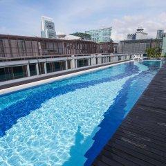 Отель Chancellor@Orchard Сингапур, Сингапур - отзывы, цены и фото номеров - забронировать отель Chancellor@Orchard онлайн бассейн фото 3
