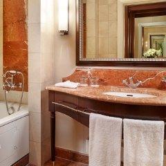 Отель Corinthia Hotel Budapest Венгрия, Будапешт - 4 отзыва об отеле, цены и фото номеров - забронировать отель Corinthia Hotel Budapest онлайн ванная