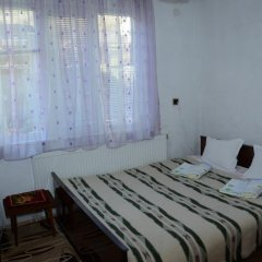 Отель Kristal Guest House Чепеларе комната для гостей фото 2