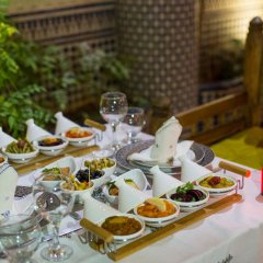 Отель Riad Les Oudayas Марокко, Фес - отзывы, цены и фото номеров - забронировать отель Riad Les Oudayas онлайн питание фото 3
