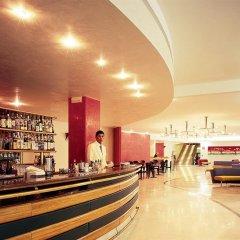 Отель Serena Majestic Hotel Residence Италия, Монтезильвано - отзывы, цены и фото номеров - забронировать отель Serena Majestic Hotel Residence онлайн гостиничный бар