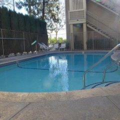 Отель Good Nite Inn Sylmar США, Лос-Анджелес - отзывы, цены и фото номеров - забронировать отель Good Nite Inn Sylmar онлайн бассейн