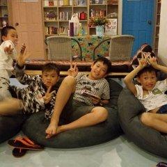 Zee Thai Hostel Бангкок сауна