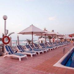 Sharjah Carlton Hotel бассейн фото 2