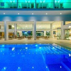 Отель Tasia Maris Seasons Hotel - Adults Only Кипр, Айя-Напа - 1 отзыв об отеле, цены и фото номеров - забронировать отель Tasia Maris Seasons Hotel - Adults Only онлайн бассейн фото 3