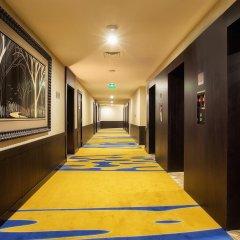 Ghaya Grand Hotel интерьер отеля