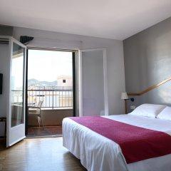 Hotel Subur комната для гостей