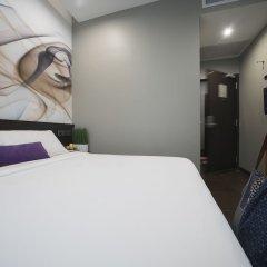 Отель V Lavender Сингапур сейф в номере