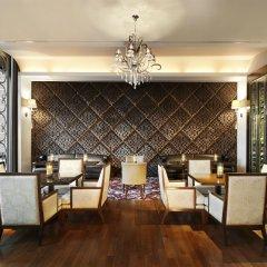 Отель The St. Regis Bangkok гостиничный бар