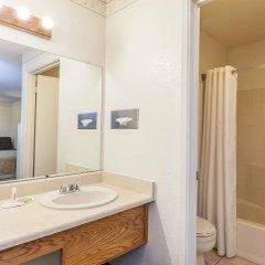 Отель Super 8 by Wyndham Lindsay Olive Tree ванная