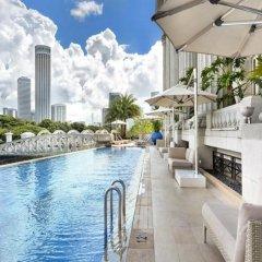 The Fullerton Hotel Singapore бассейн фото 2