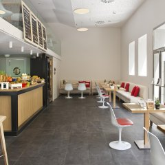 Отель NH Collection Madrid Suecia Испания, Мадрид - 1 отзыв об отеле, цены и фото номеров - забронировать отель NH Collection Madrid Suecia онлайн гостиничный бар