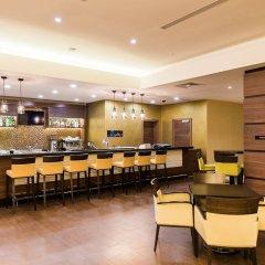 Гостиница Hilton Garden Inn Красноярск гостиничный бар