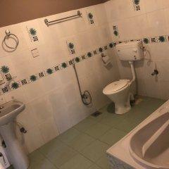 Отель Guheswori bed and breakfast Непал, Лалитпур - отзывы, цены и фото номеров - забронировать отель Guheswori bed and breakfast онлайн ванная