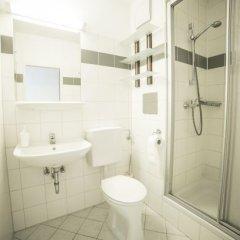 Отель myNext - Campus Hostel Австрия, Вена - отзывы, цены и фото номеров - забронировать отель myNext - Campus Hostel онлайн ванная