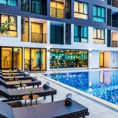 The Rizin Hotel & Residences бассейн