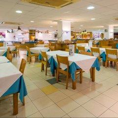 Отель Playasol Cala Tarida Сан-Лоренс де Балафия питание фото 3