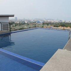Отель Chatkaew Hill and Residence бассейн