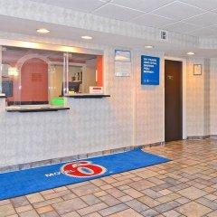Отель Motel 6 Washington D.C. США, Вашингтон - отзывы, цены и фото номеров - забронировать отель Motel 6 Washington D.C. онлайн фитнесс-зал