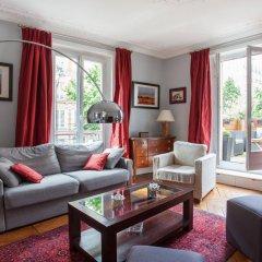 Отель onefinestay - Batignolles Apartments Франция, Париж - отзывы, цены и фото номеров - забронировать отель onefinestay - Batignolles Apartments онлайн комната для гостей фото 5