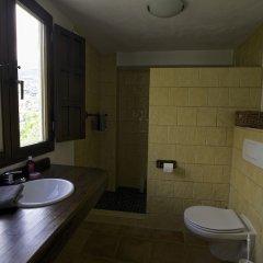 Отель Casa Rural Arroyo de la Greda Испания, Гуэхар-Сьерра - отзывы, цены и фото номеров - забронировать отель Casa Rural Arroyo de la Greda онлайн ванная