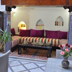 Отель Riad Adarissa Марокко, Фес - отзывы, цены и фото номеров - забронировать отель Riad Adarissa онлайн интерьер отеля фото 3