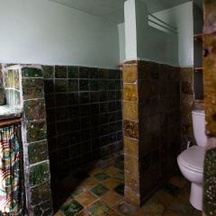 Отель Ecolodge - La Palmeraie Марокко, Уарзазат - отзывы, цены и фото номеров - забронировать отель Ecolodge - La Palmeraie онлайн ванная фото 2