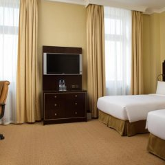 Гостиница Hilton Москва Ленинградская 5* Номер Делюкс с различными типами кроватей фото 20