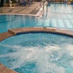 Ghaya Grand Hotel бассейн
