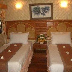 Отель Sunset Village Beach Resort спа