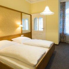 Отель Uhland Германия, Мюнхен - отзывы, цены и фото номеров - забронировать отель Uhland онлайн комната для гостей фото 4