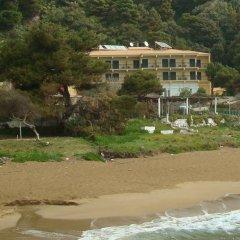 Glyfada Beach Hotel пляж