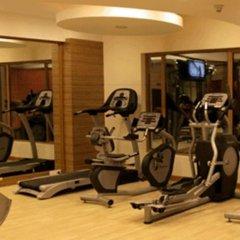 Отель Cambay Grand фитнесс-зал фото 2