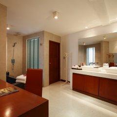 Отель La Flora Resort Patong удобства в номере фото 2