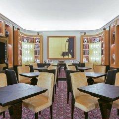 Отель Maison Astor Paris, Curio Collection by Hilton фото 2