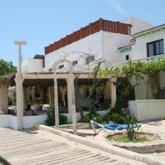 Отель Hostal Talamanca фото 3