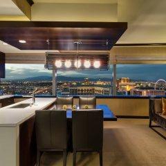 Отель Luxury Suites International by Vdara США, Лас-Вегас - отзывы, цены и фото номеров - забронировать отель Luxury Suites International by Vdara онлайн питание фото 2