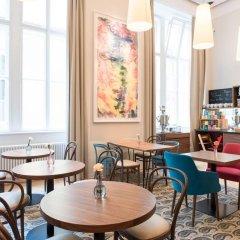 Small Luxury Hotel Altstadt Vienna гостиничный бар