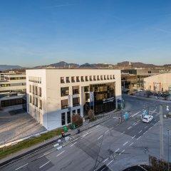 Отель FourSide Hotel Salzburg Австрия, Зальцбург - 2 отзыва об отеле, цены и фото номеров - забронировать отель FourSide Hotel Salzburg онлайн балкон