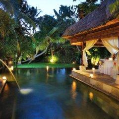 Отель Arma Museum & Resort бассейн