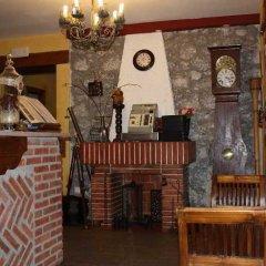 Отель Hosteria San Emeterio Испания, Арнуэро - отзывы, цены и фото номеров - забронировать отель Hosteria San Emeterio онлайн интерьер отеля фото 3