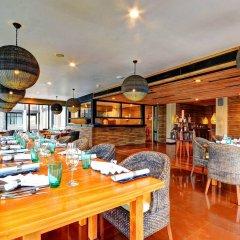 Отель Cinnamon Bey Шри-Ланка, Берувела - 1 отзыв об отеле, цены и фото номеров - забронировать отель Cinnamon Bey онлайн питание фото 3