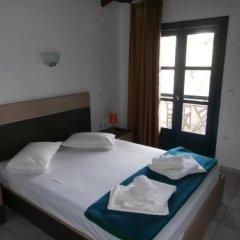 Отель Olive House Ситония сейф в номере