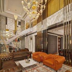 Отель The Reverie Saigon Вьетнам, Хошимин - отзывы, цены и фото номеров - забронировать отель The Reverie Saigon онлайн интерьер отеля фото 3
