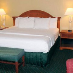 Отель La Quinta Inn & Suites Covington комната для гостей фото 4