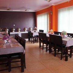 Отель Stupa Непал, Лумбини - отзывы, цены и фото номеров - забронировать отель Stupa онлайн питание