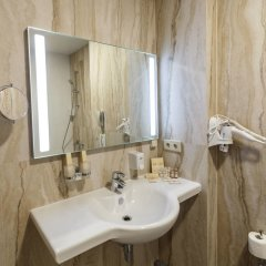 Гостиница Central City Makhachkala ванная фото 2